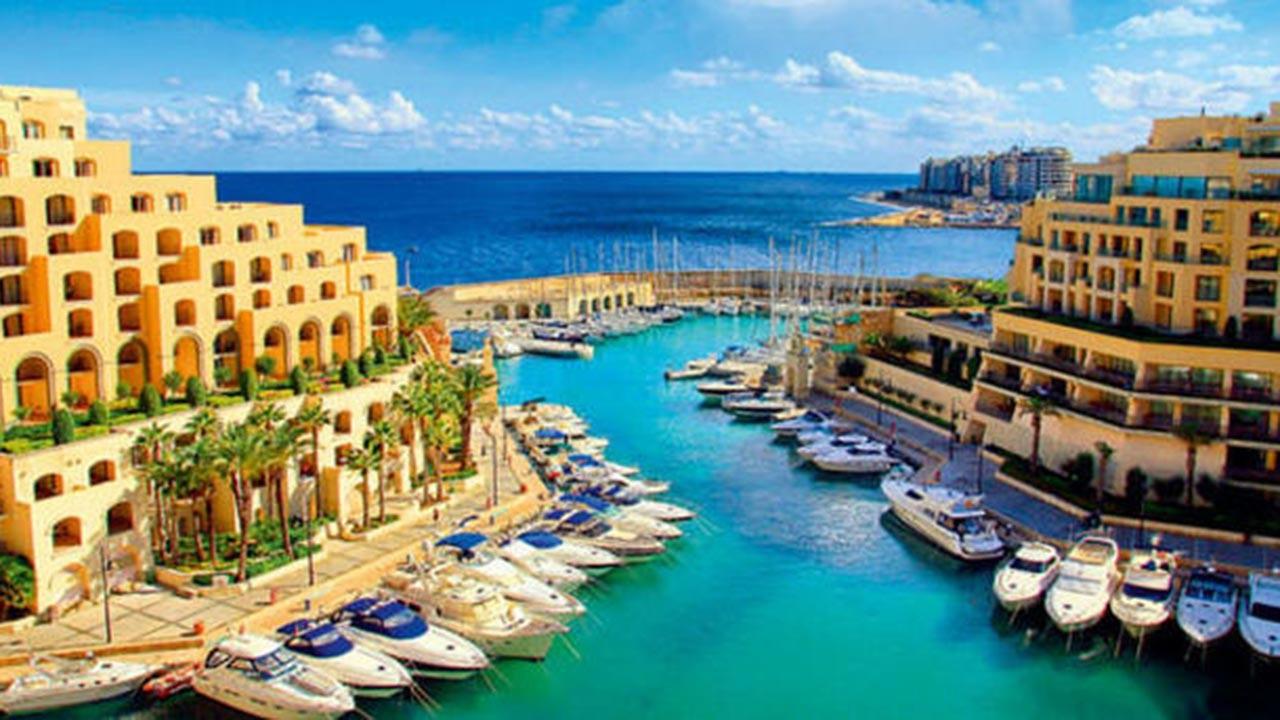 Tatil için turistlere para ödeyecekler