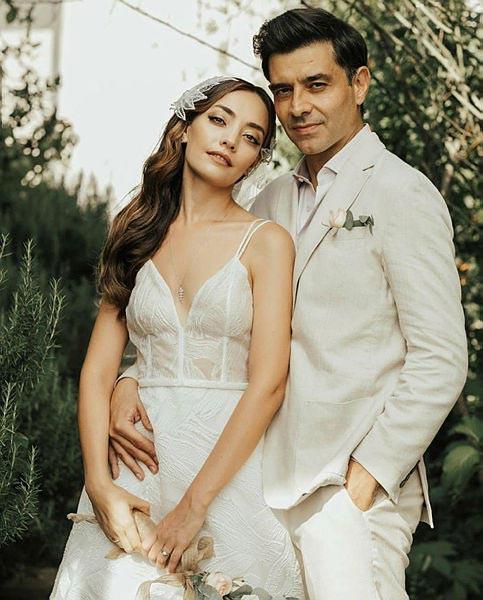 Zeynep Tuğçe Bayat kimdir hangi dizilerde oynadı evli mi?