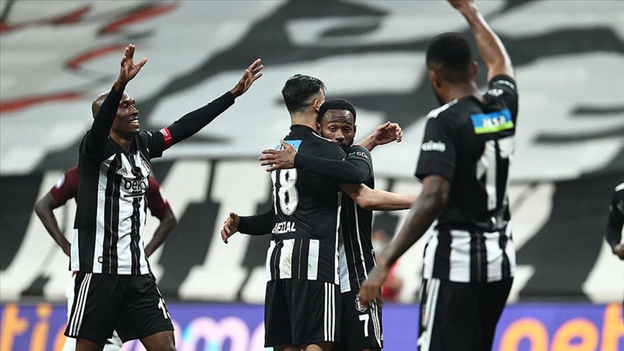 Beşiktaş şampiyonluk yolunda tarih yazdı