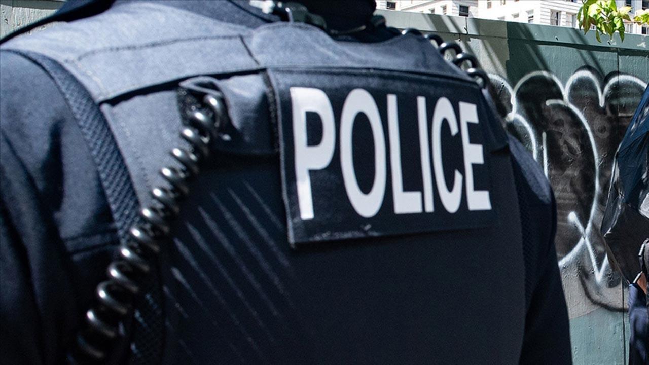 New Jersey polisine başörtüsü serbestisi
