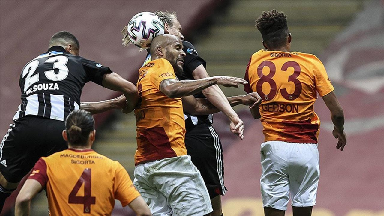 Galatasaray - Beşiktaş arasında kıyasıya mücadele