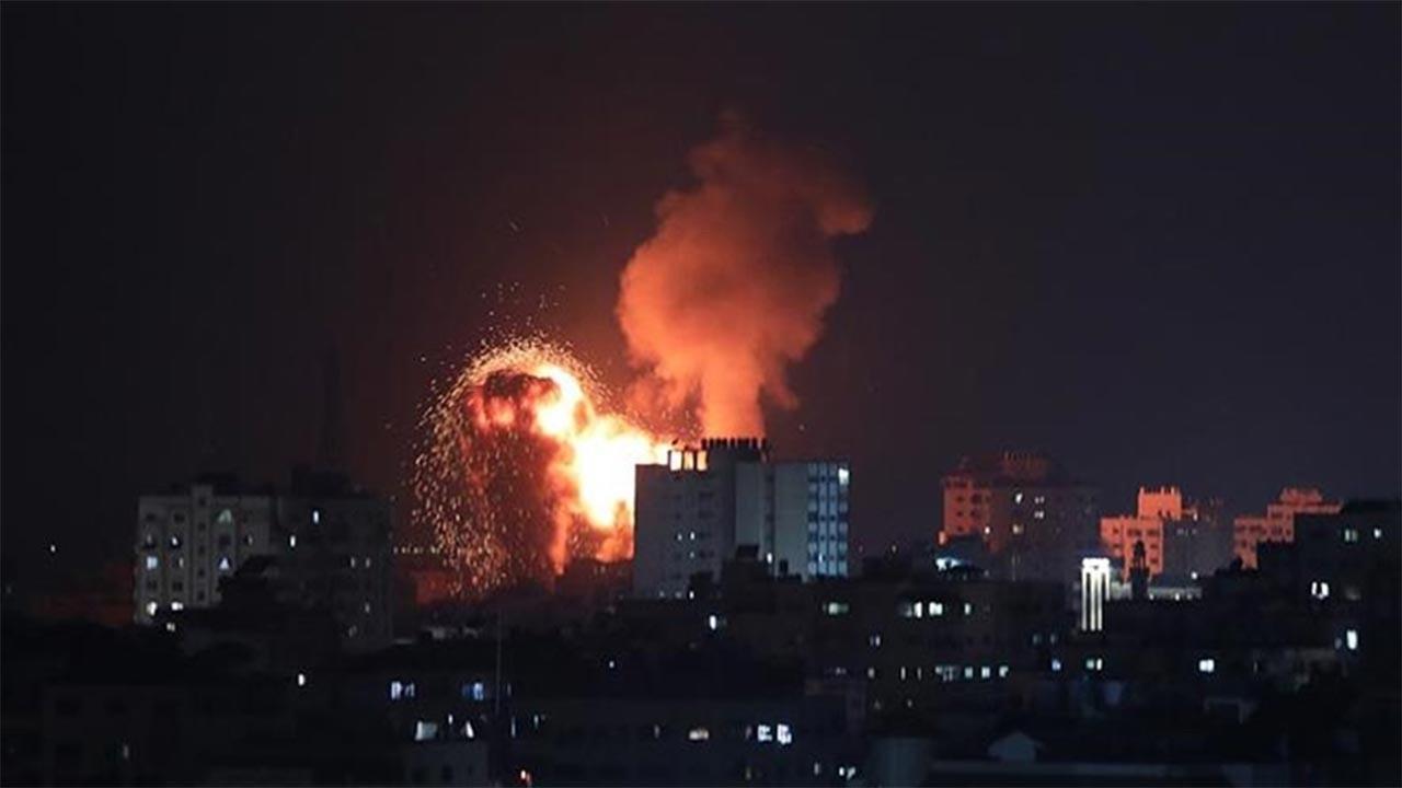 İsrail'in saldırısında 9 çocuk şehit düştü