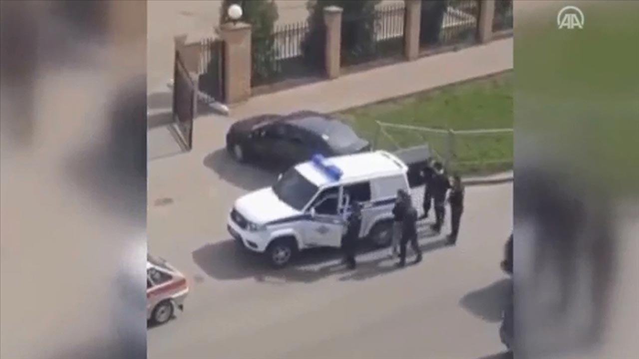 Tataristan'in başkenti Kazan'da bir okula silahlı saldırı düzenlendi