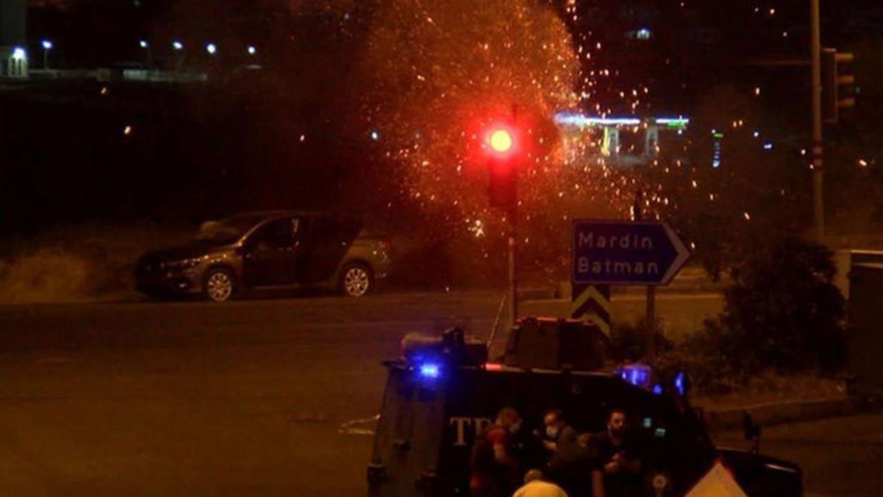 Diyarbakır'da bombalı araçla saldırı girişimi