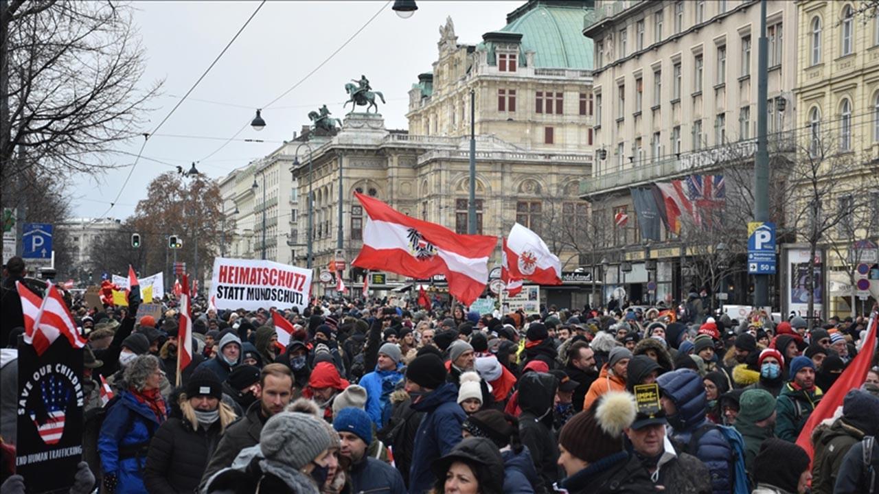 Avusturya'da Müslümanları fişleyen uygulama