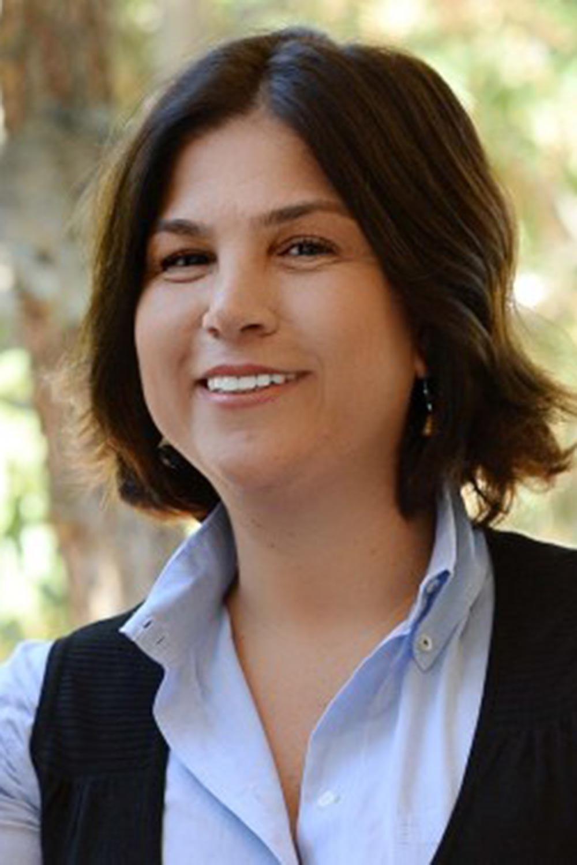 Gazeteci İpek Özbey kimdir