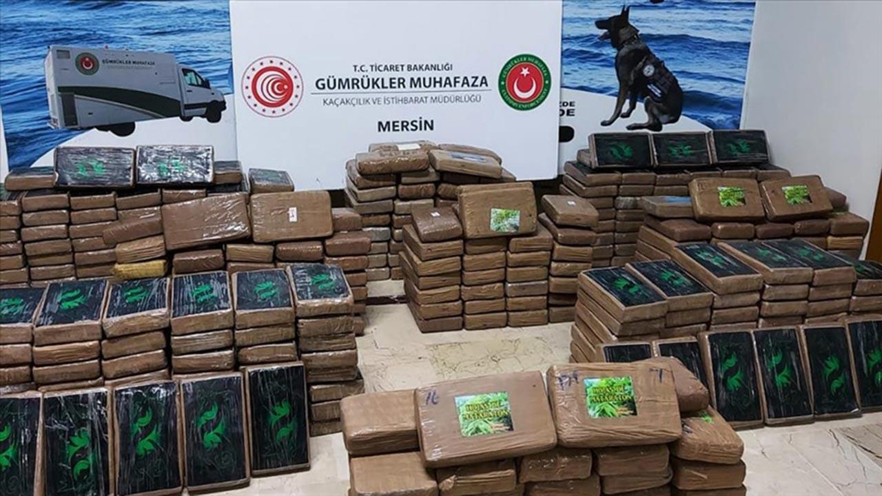 Mersin limanında yarım ton kokain ele geçirildi