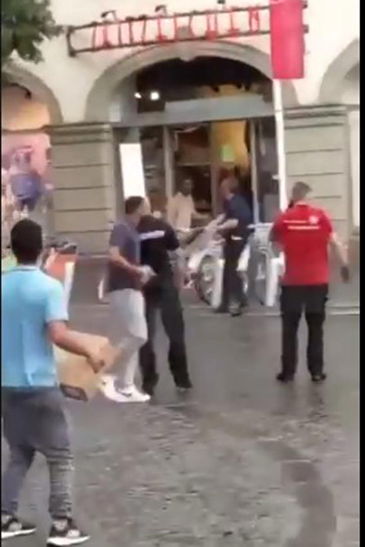 Almanya'da Würzburg'da bıçaklı saldırı