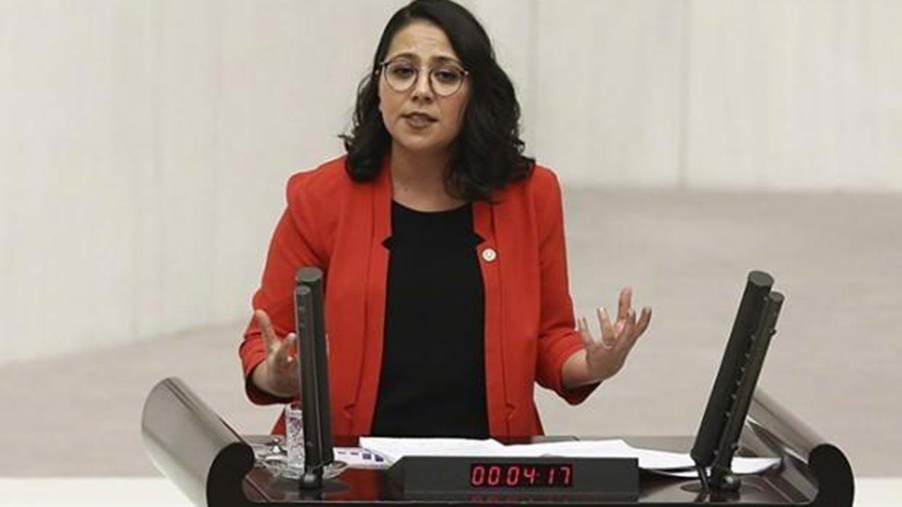 CHP'de istifa şoku, milletvekili istifa etti