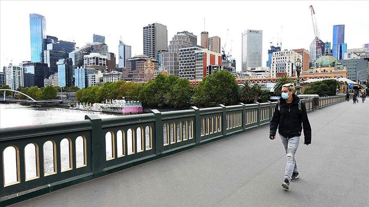 Avustralya'da yeniden virüs alarmı verildi