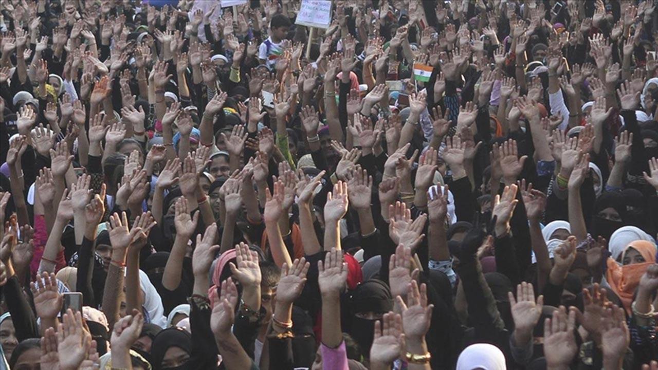 Hindistan'da Müslümanları sokağa döken olay