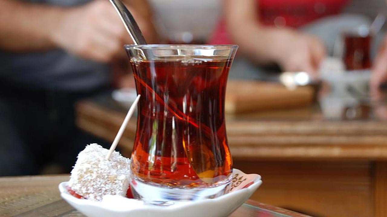 Çay harareti alır mı? Çayın harareti aldığı bir yalan mı?