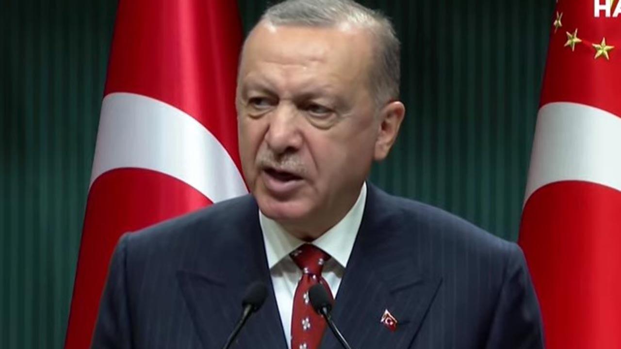 Kısıtlamalar geri gelecek mi, Erdoğan cevapladı