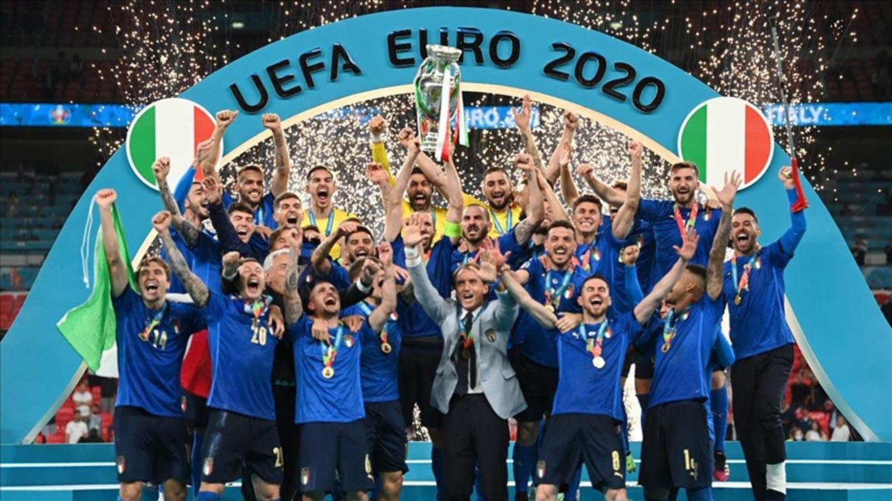 Euro 2020'nin sahibi İtalya oldu