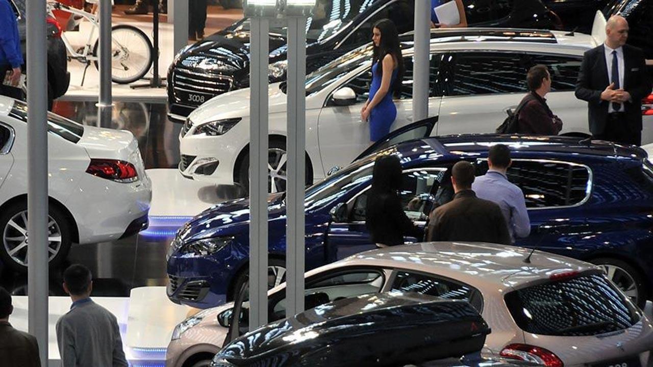 Otomobil fiyatlarında kur zammı
