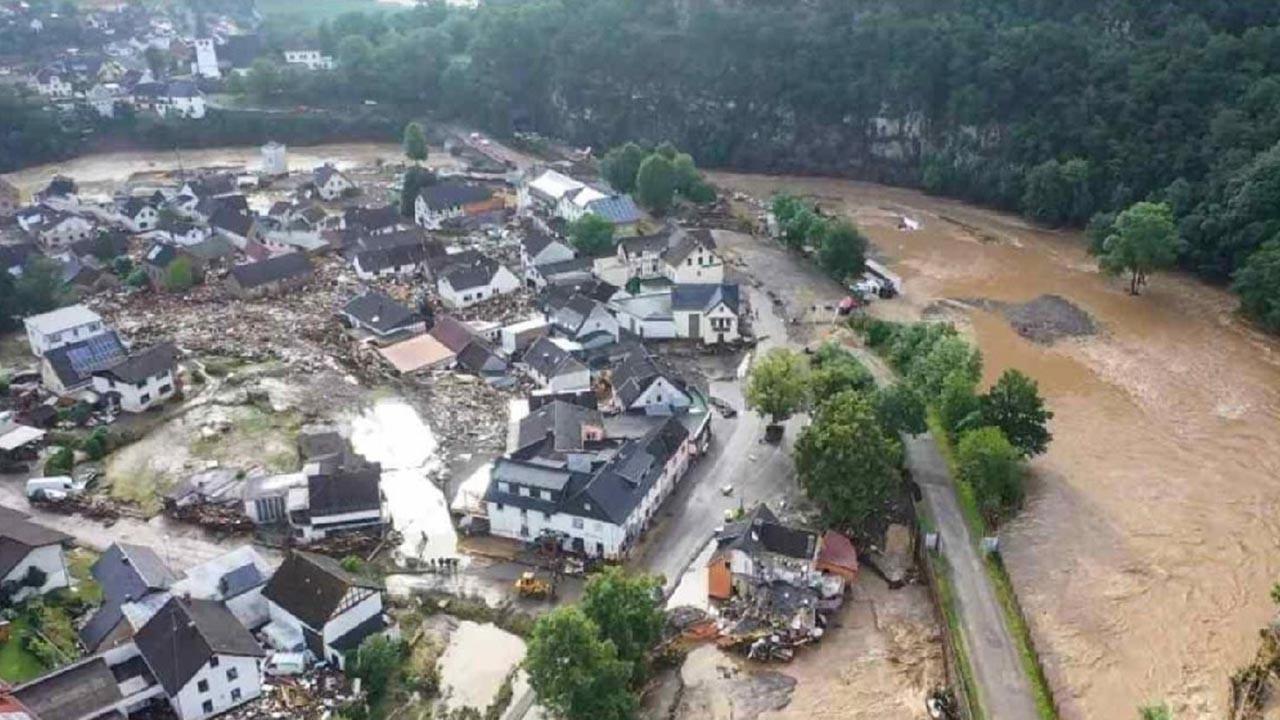 Almanya'da sel felaketi, OHAL ilan edildi