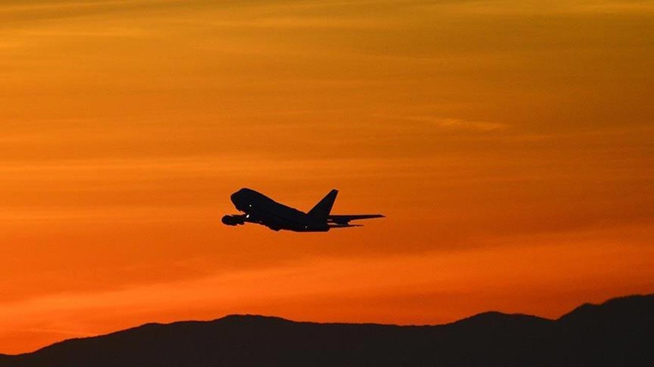 İçinde 17 kişi bulunan uçak kayboldu
