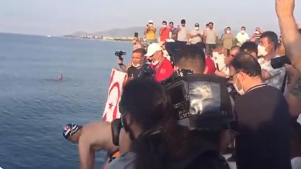 Türkiye'den Kıbrıs'a yüzerek geçecekler