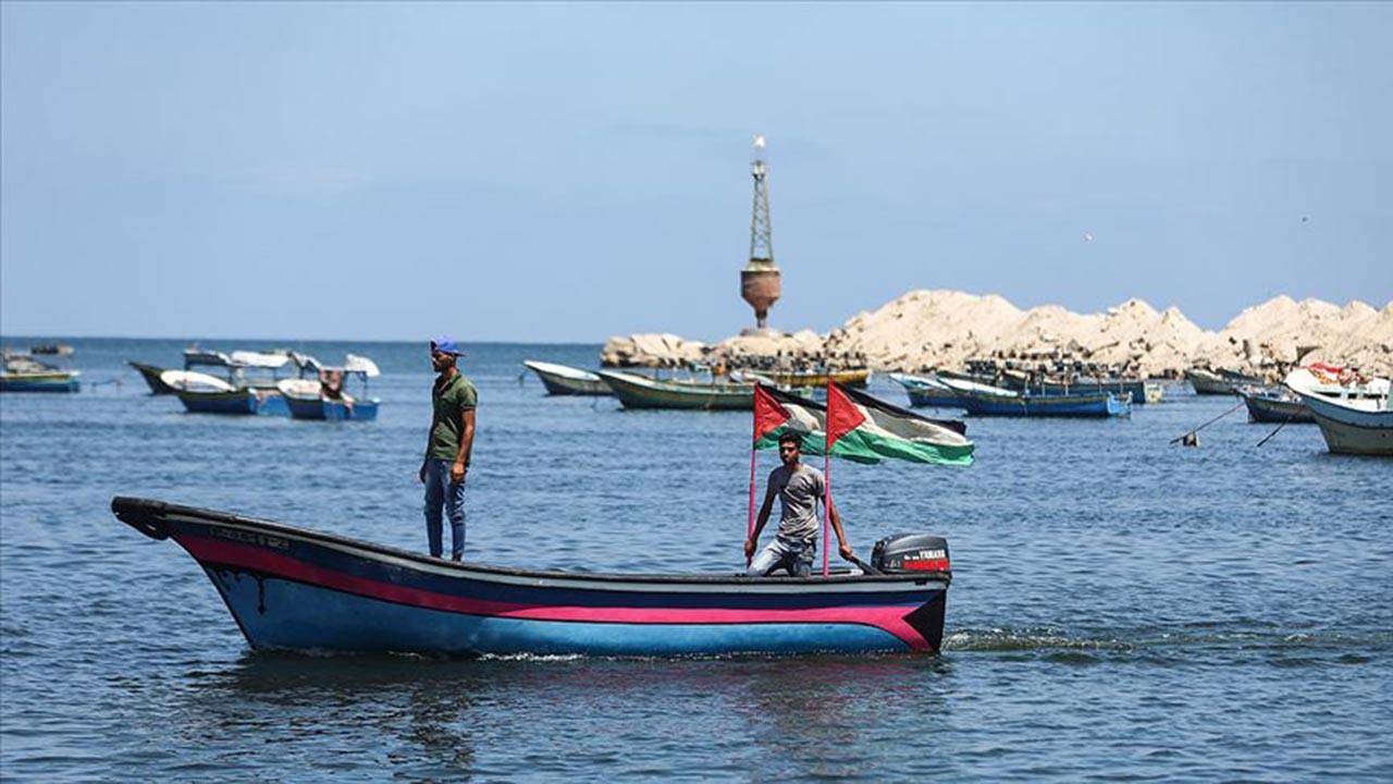 İsrail'den Gazzeli balıkçılara yeni kısıtlama