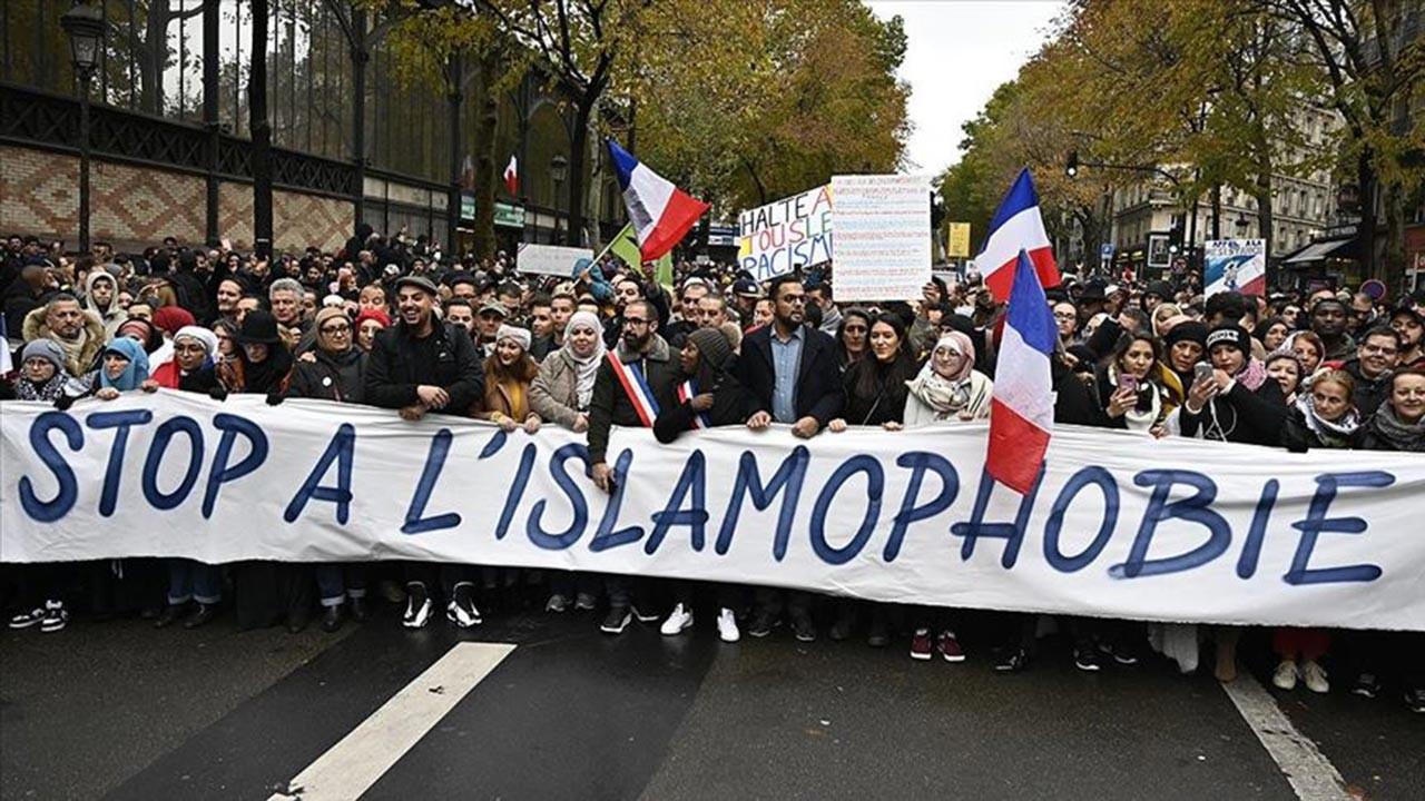 Fransa'da Müslümanların tepkisini çeken yasa