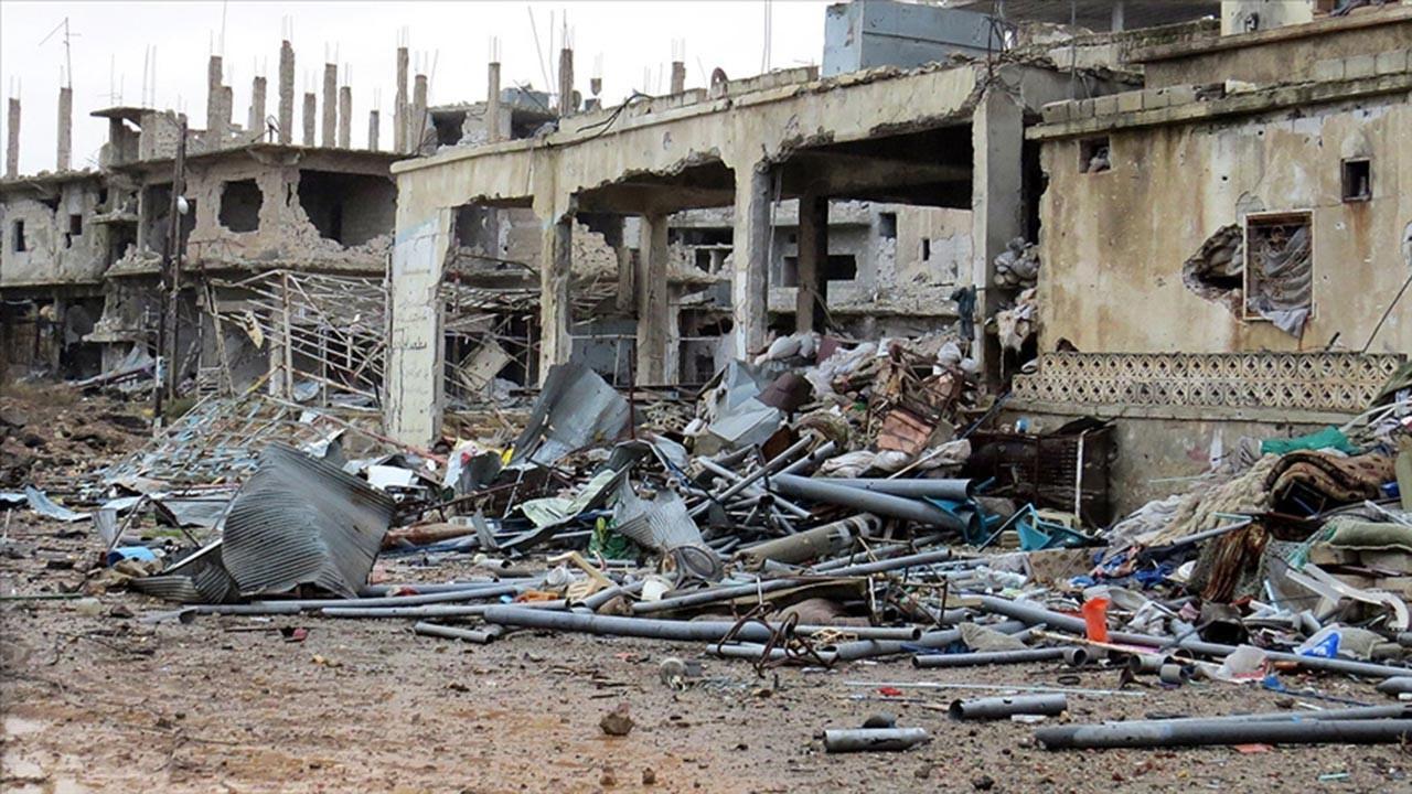 Esed, Dera'ya yoğun şekilde saldırmaya başladı