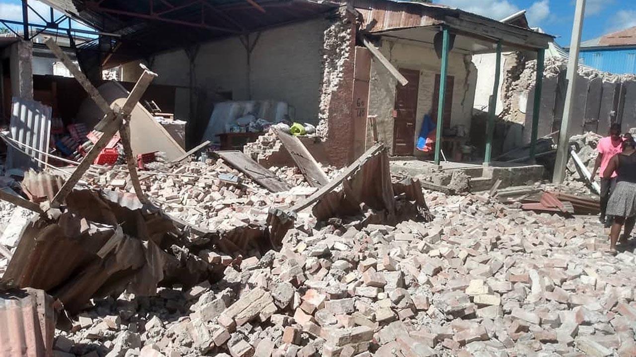 Haiti depreminde bilanço ağırlaşıyor