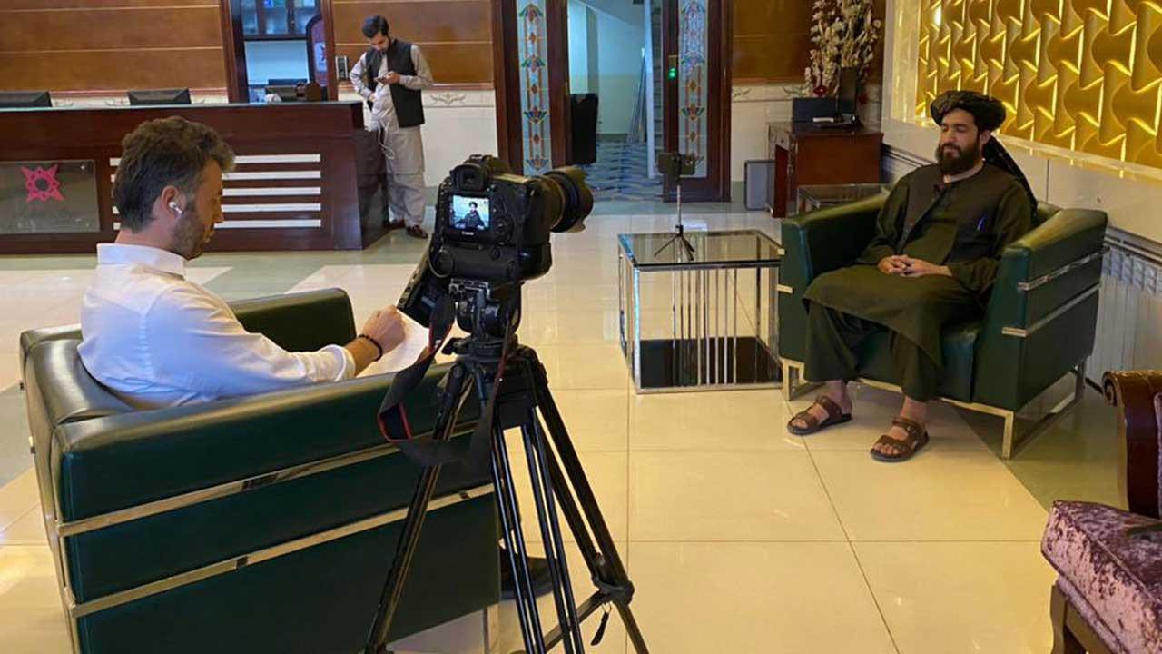 Mehmet Akif Ersoy Gazeteci kimdir, Habertürk sunucusu muhabiri Mehmet Akif Ersoy kaç yaşında, nerelidir?