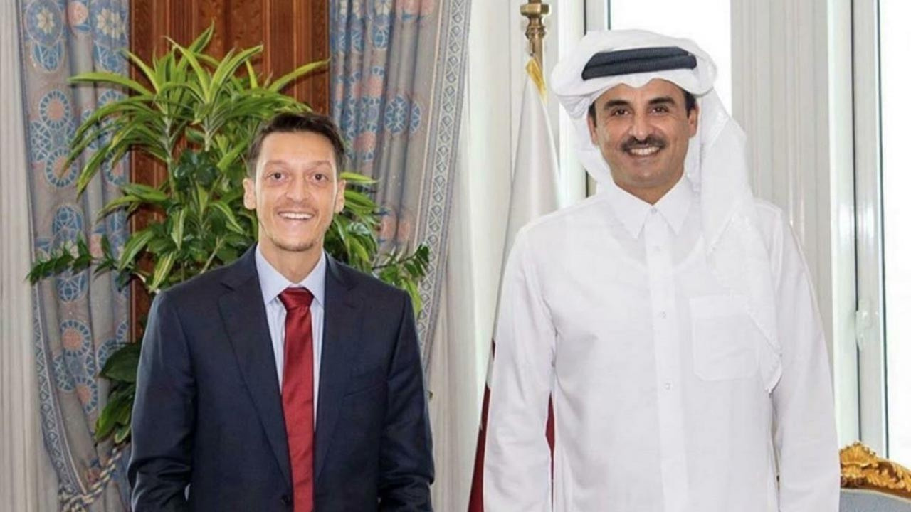 Mesut Özil, Katar Emiri'ni ziyaret etti