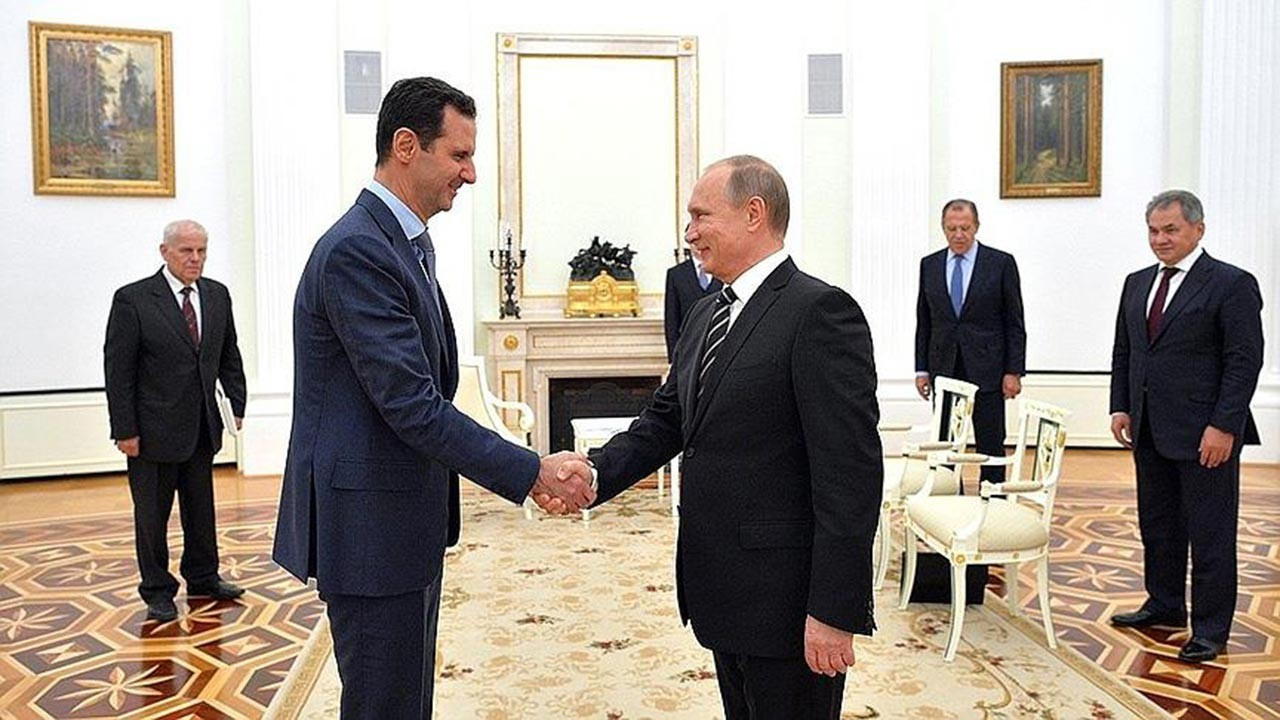 Beşar Esed, Moskova'ya giderek Putin'le görüştü