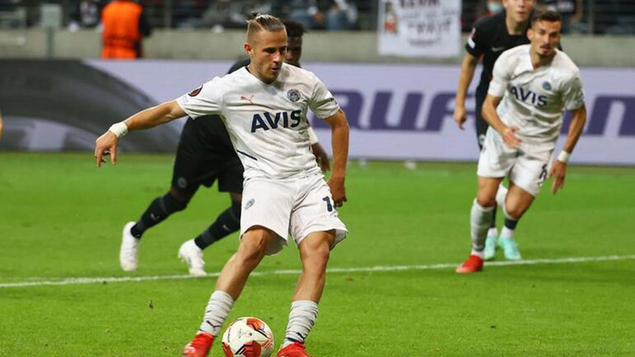 Fenerbahçe'nin penaltısı neden iptal edildi