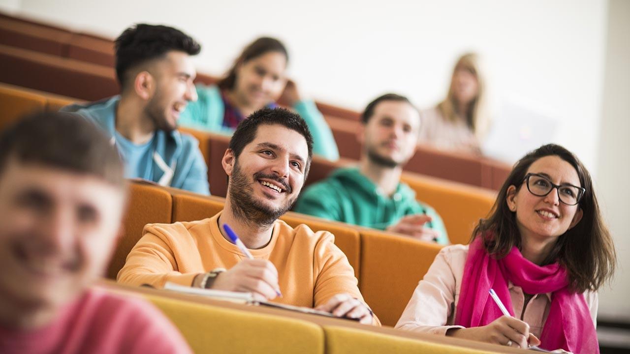 İngiltere'de üniversite okumak İngiltere'de eğitim
