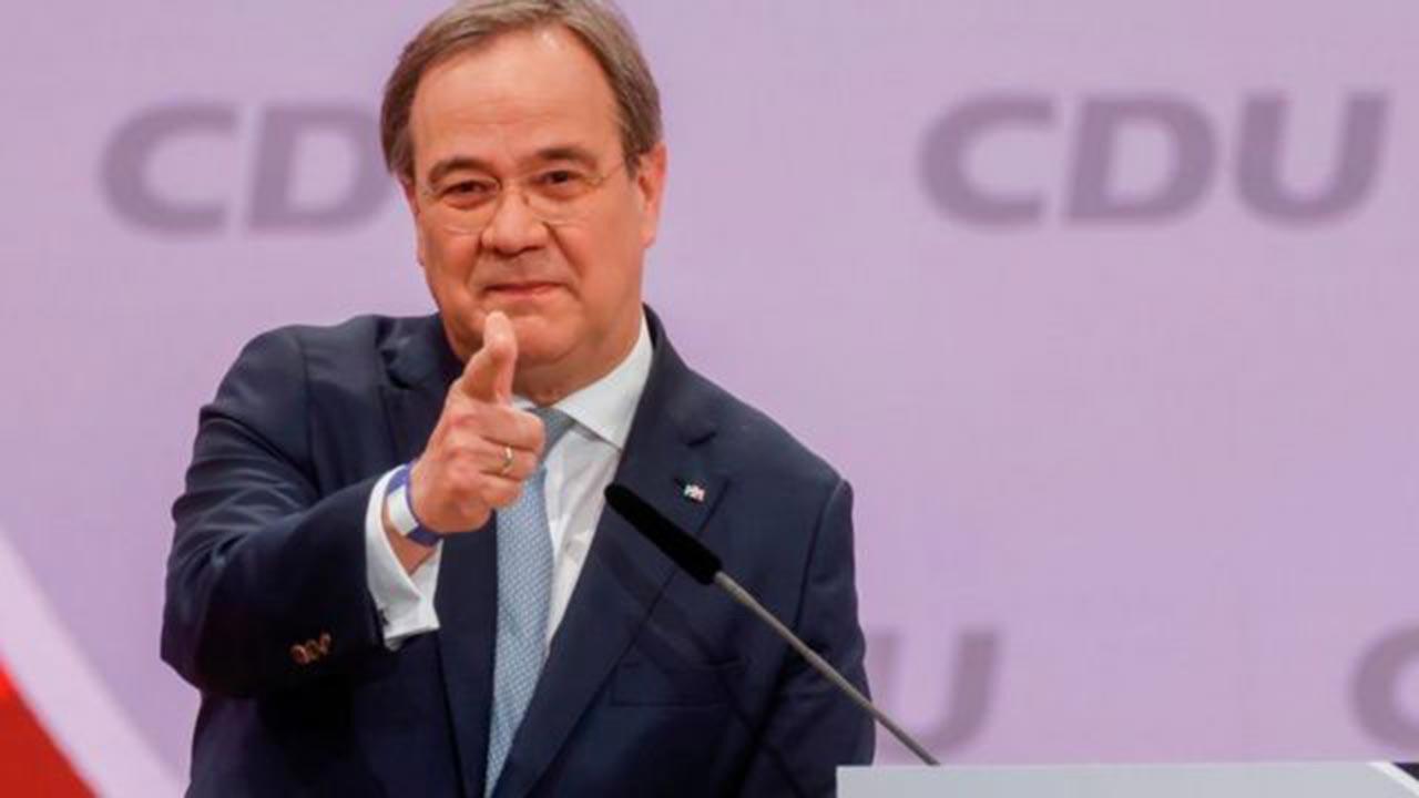Angela Merkel son dakika istifa etti iddiası doğru mu, CDU lideri istifa etti mi?