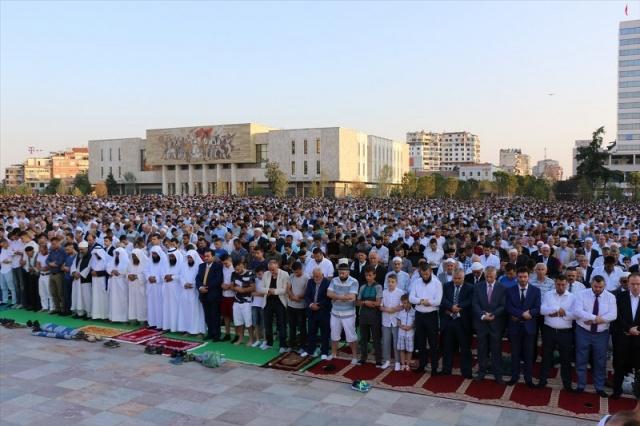 Dünyadan Ramazan Bayramı kareleri