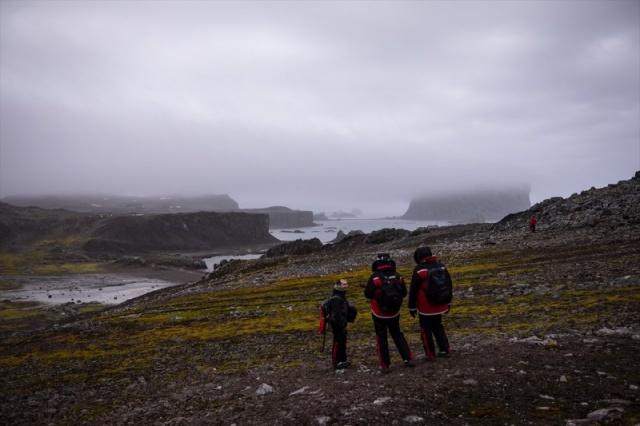 Antarktika'daki Türk bilim ekibinin objektiflerinden