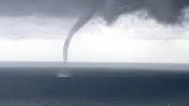 Antalya ilçelerini hortum ve dolu yağışı vurdu