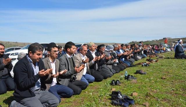 Bu kez yağmur için değil şükür için duaya durdular