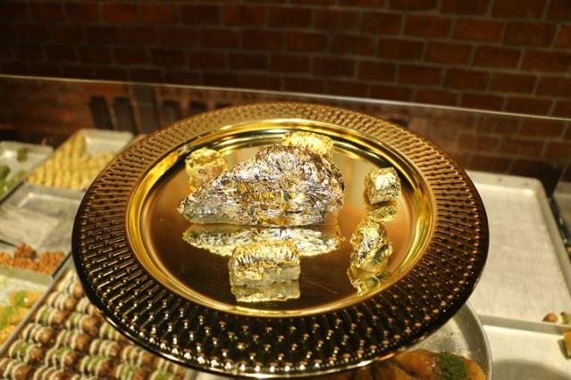 Altın kaplamalı baklava yapıldı - Sayfa 1
