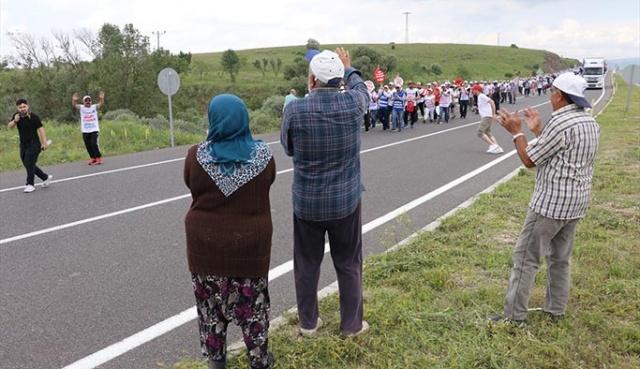 CHP'li belediyenin işten attığı işçiler Ankara'ya yürüyor
