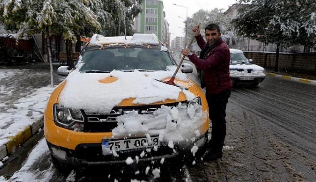 Ardahan bu mevsim beyaza bürünen ilk şehir oldu.