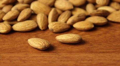 Sağlıklı ve hızlı uzayan saçlar için bu besinleri tüketin