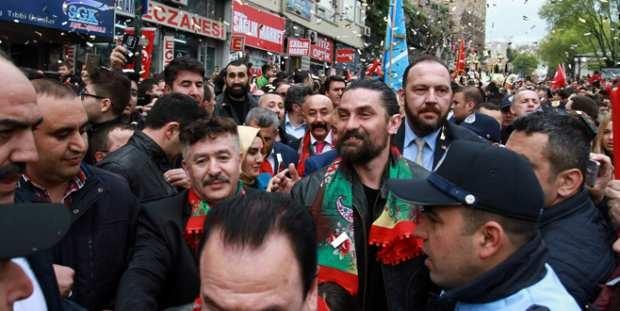 Bursa'nın Fetih Şenliklerinde Diriliş İzdihamı