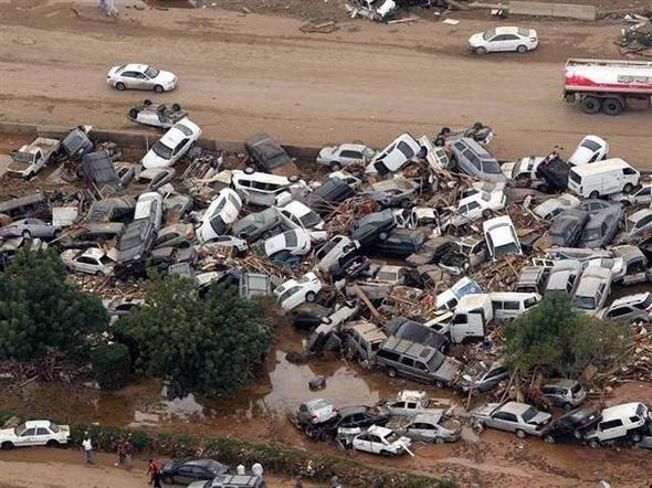 İran'daki sel felaketinden kareler