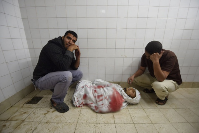 Kanlı açılışta katliamın fotoğrafları