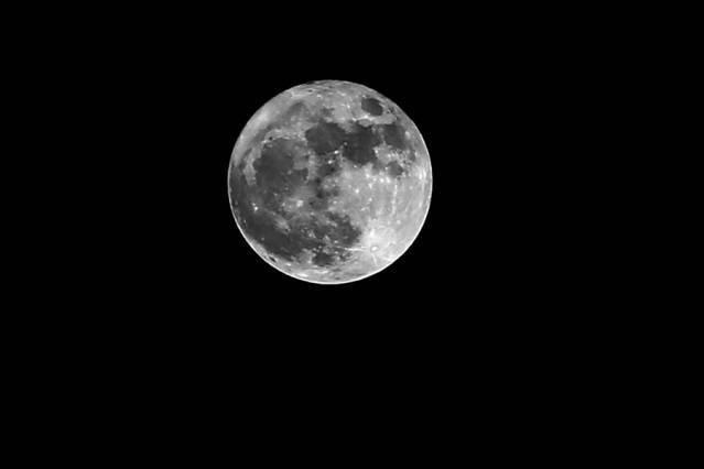 Süper Ay İstanbul'dan böyle görüldü