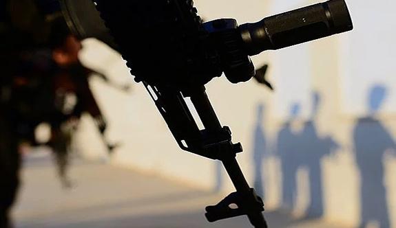 Hakkari'de üs bölgesine silahlı saldırı