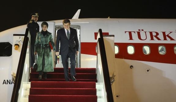 Başbakan Davutoğlu Katar'a geldi
