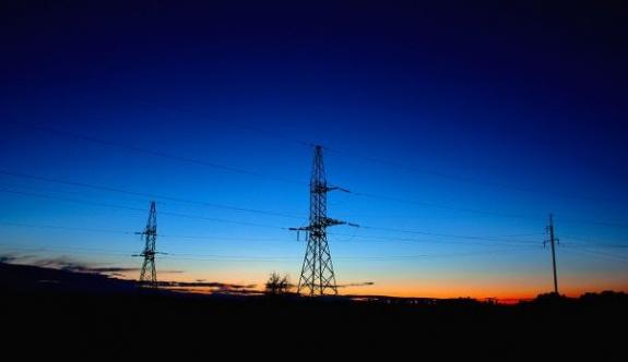 Birçok şehirde aynı anda elektrik arızası