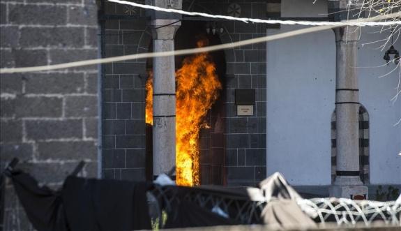 Çukur-barikat eylemlerinde 89 cami zarar gördü