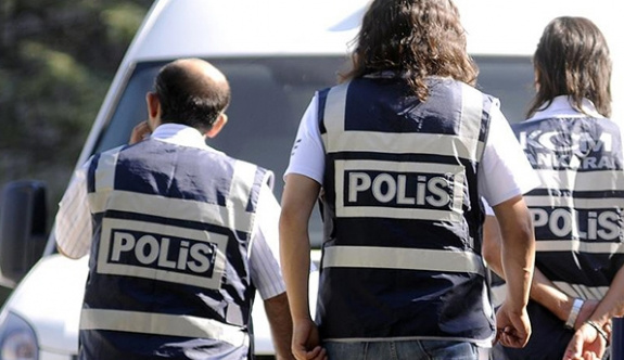 Diyarbakır'da dernek ve yurtlara 'paralel' operasyonu