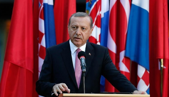 Erdoğan'dan 'laiklik'le ilgili ilk yorum